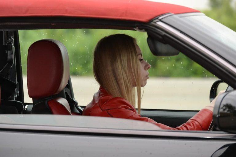Świetne ubezpieczenie dla młodego kierowcy – na jakie postawić?