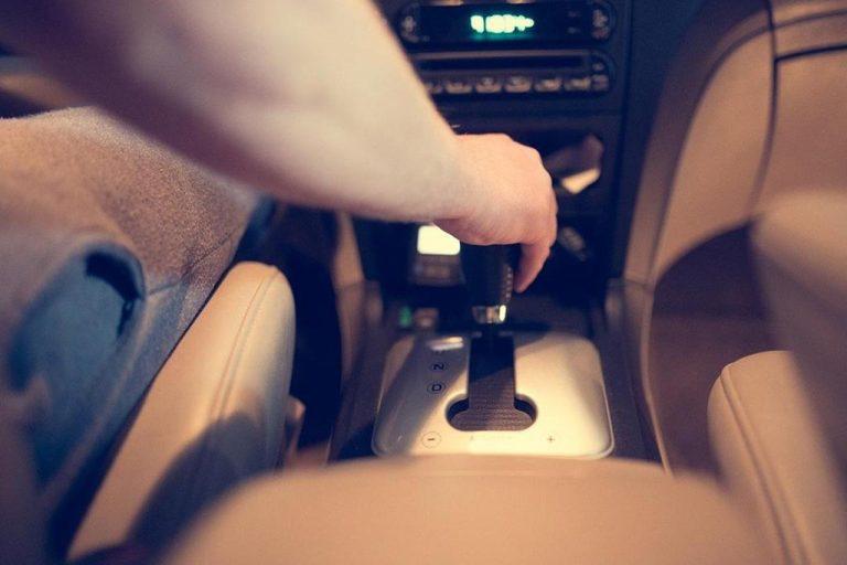 Szkolenia z bezpiecznej jazdy – pomoc może się przydać w najmniej spodziewanym momencie